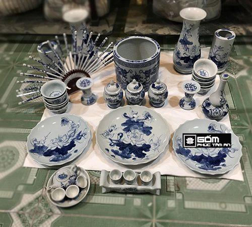 nơi sản xuất đồ thờ cúng gốm sứ men lam truyền thống,ý nghĩa của bộ đồ thờ cúng truyền thống là gì,một bộ đồ thờ truyền thống gốm sứ bao gồm những sản phẩm như thế nào
